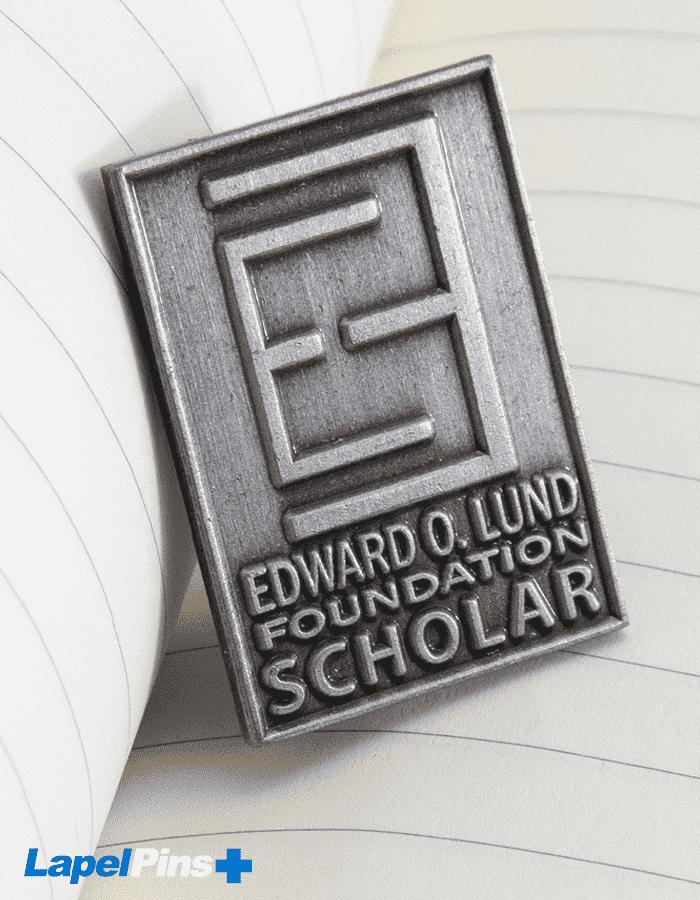 Foundation Scholar Diestruck Pin V